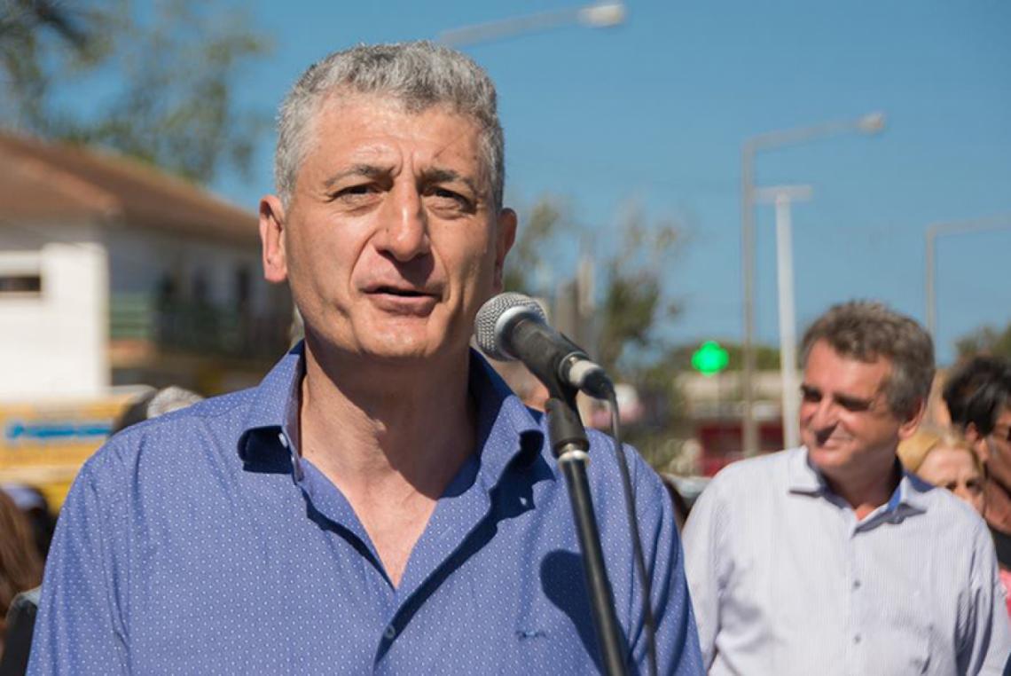 El intendente de Gesell quedo en el medio de la polemica por la falta de controles en los boliches