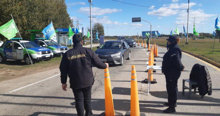 17 autos con turistas quisieron entrar a Pinamar en las últimas horas, lloraban para poder ingresar
