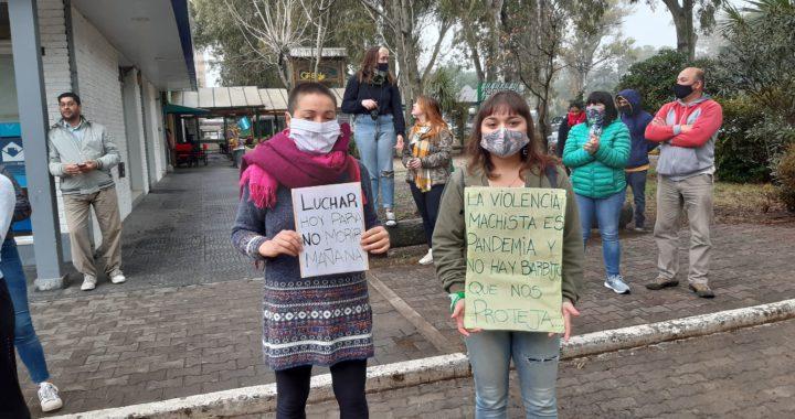 Manifestación de mujeres de Pinamar para pedir más seguridad ante casos de acoso