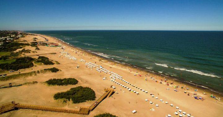 Alquileres en dólares, efecto Uruguay, muchas consultas, pocas reservas, así viene el verano en Pinamar