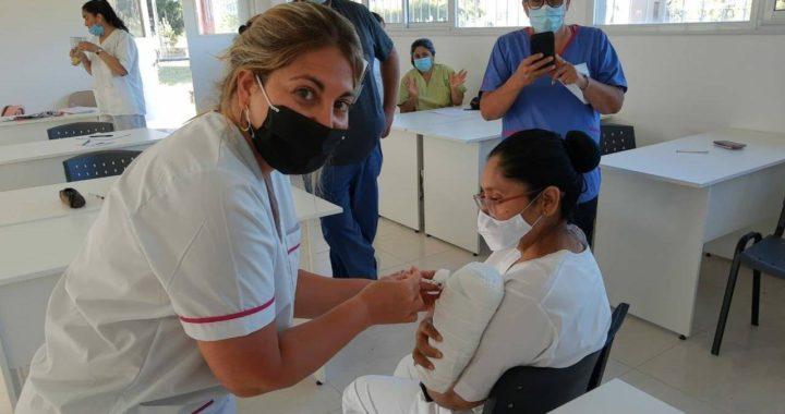 El municipio pidió 10.000 dosis de la vacuna Sputnik V para personal de salud y personas de riesgo