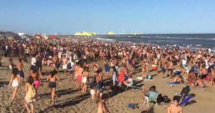 Video: Descontrol total, asi saco la policia a los grupos de jóvenes de la playa en el parador Boutique