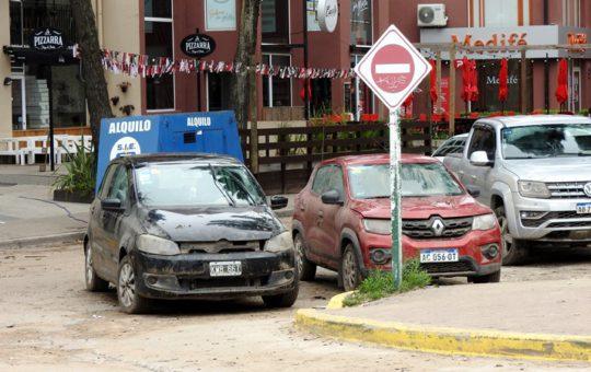 Investigan si hubo fallas en la construcción de la cochera del Patagonia V, el edificio inundado