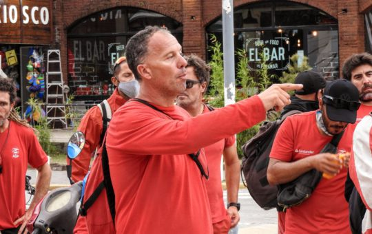 Los guardavidas de Pinamar realizaron este sábado una jornada de paro y movilizacion