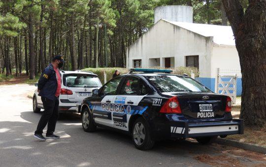 Detenidos en desarrollo social Pinamar por estafas con tarjetas alimentar, también hay detenidos en Vicente López