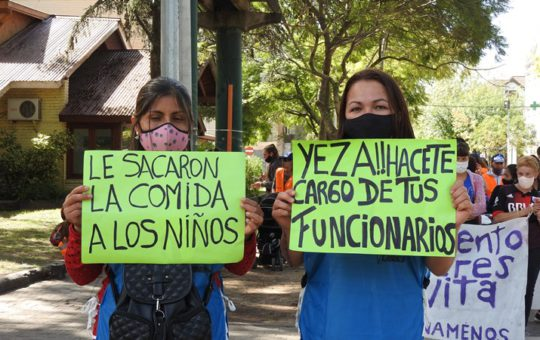 Carlos Conti concejal, tarjetas alimentar, Nora Ponce está protegida por el jefe de gabinete y el intendente