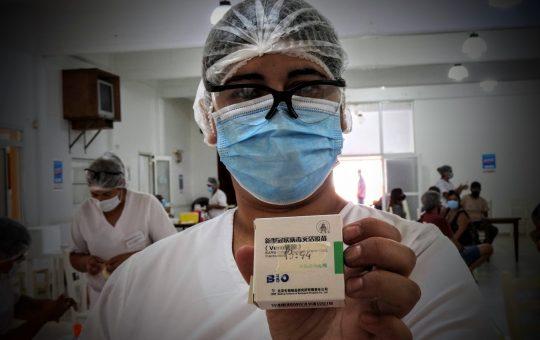 Así es por dentro el operativo de vacunación en Pinamar, casi 3 mil personas se vacunaron