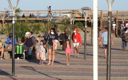 Ya no será obligatorio usar el tapaboca al aire libre, lo anuncio el gobierno