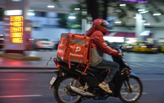 Así roban a los choferes de las motos que realizan delivery en Pinamar