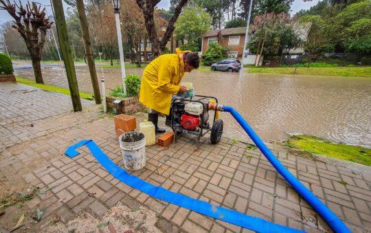 Casi 150 milímetros de agua caída, causaron destrozos en todo Pinamar
